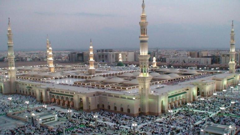 مساجد السعودية تفتح من جديد