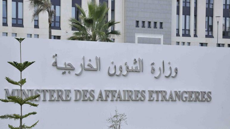 وزير الشؤون الخارجية يستدعي سفير فرنسا بالجزائر