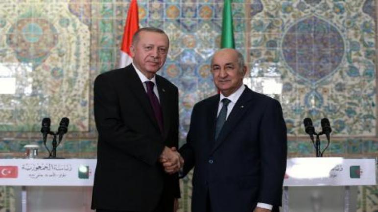 رئيس الجمهورية يجري مكالمة هاتفية مع نظيره التركي